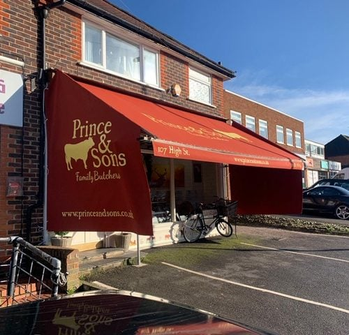 Recover shopblind with signwritten side blinds