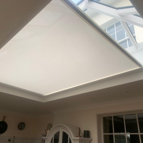 Wireless Remote Controlled Roof Light Blind