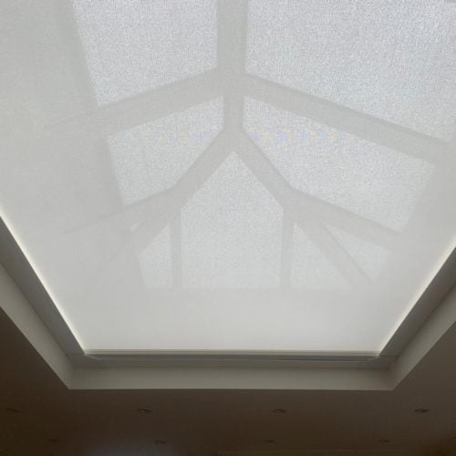 Remote Controlled Wireless Roof Lantern Blind